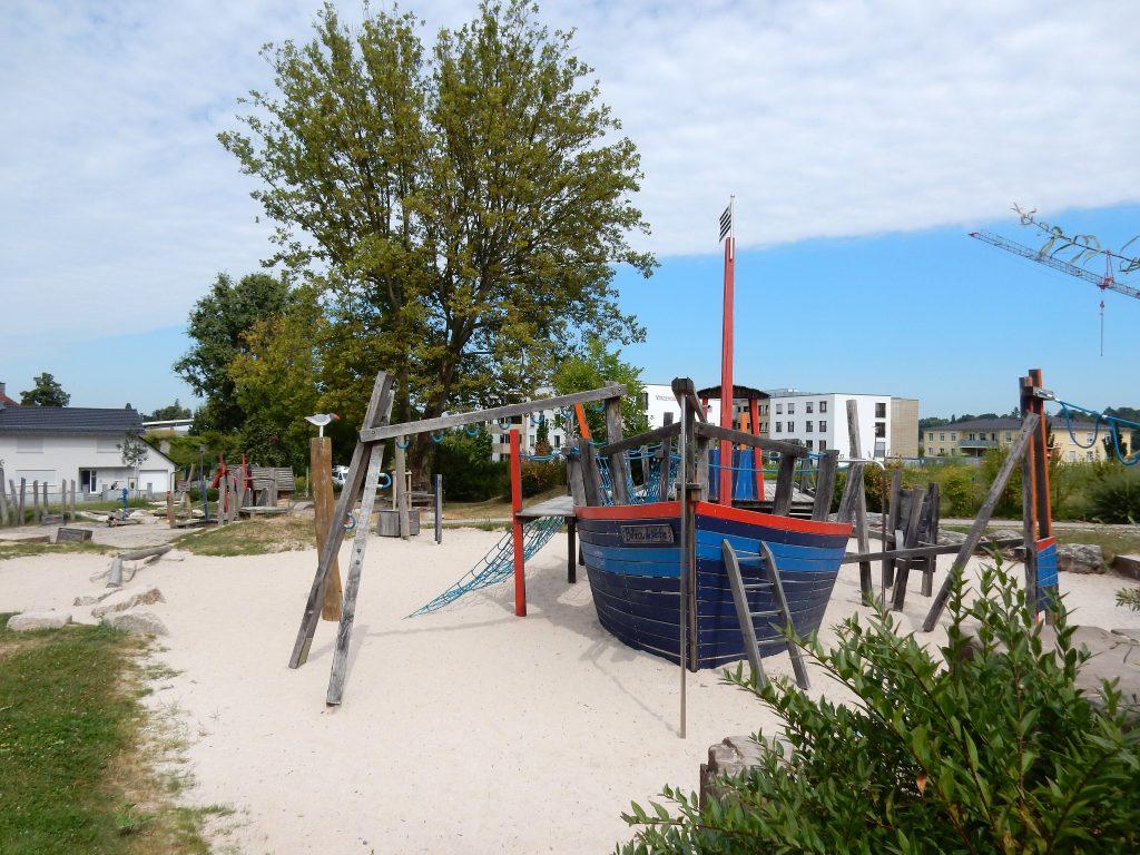 Spielplatz-Bretagne1