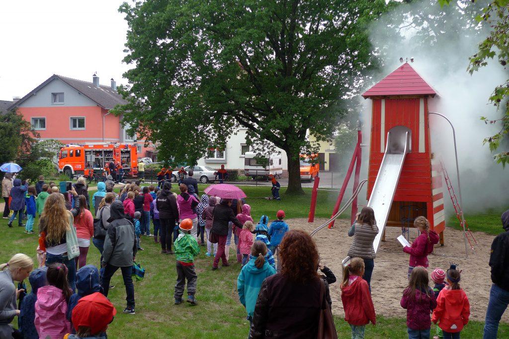 Spielplatz-Feuerwehr1